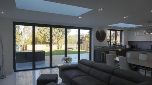 Modern extension project barnet