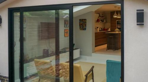 Sliding door to house extension